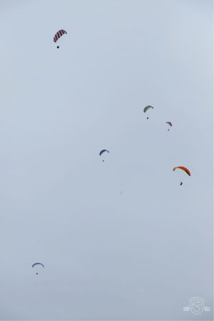 Hang Gliders at Mussel Rock. Daly City California
